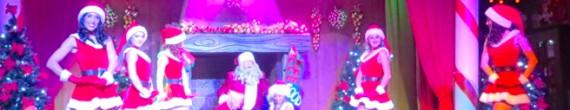 Christmas Dream: Una historia sobre la lucha por hacer triunfar el espíritu de la Navidad en el Saloon del Far West de PortAventura, con bailes, canciones en directo y humor.